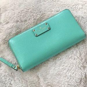 kate spade Bags - ♠️ Kate Spade Wellesley Neda leather wallet ♠️